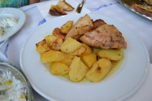 CHICKEN AND POTATOES 400